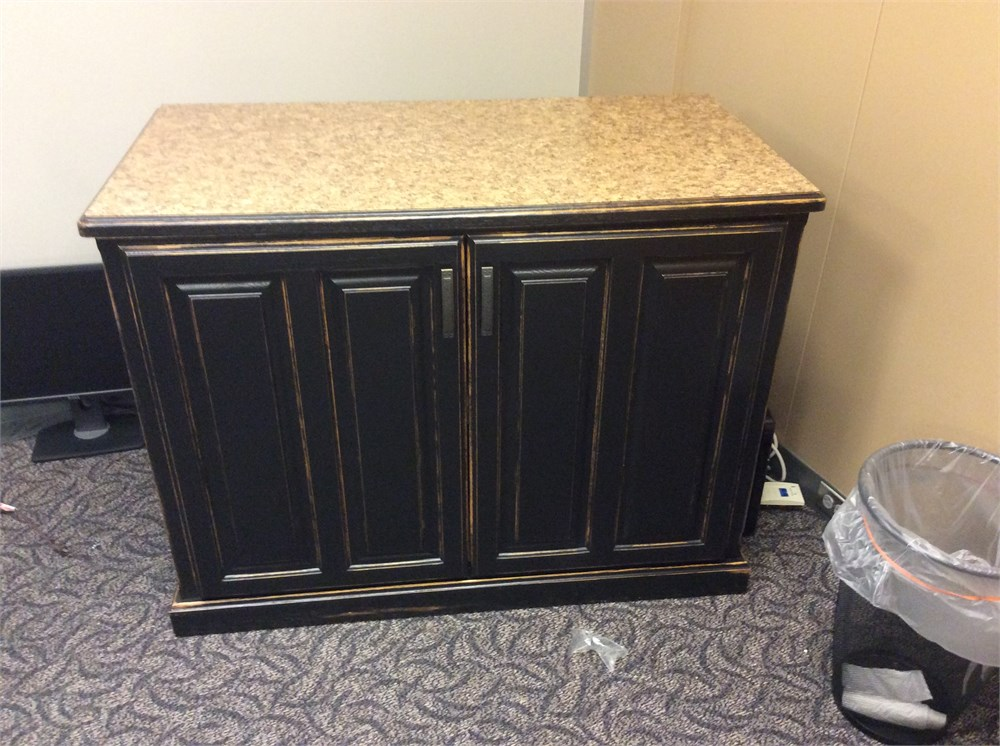 Surplus Marketplace Television Cabinet Stand