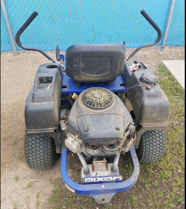 Dixon SpeedZTR 46 Lawn Mower